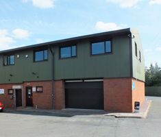 We have let a 2,369 sq ft workshop premises with first floor offices at Ball Mill Top Business Park in Hallow, mid-way between Worcester and Droitwich, to an aluminium construction systems manufacturer.  Further information on industrial property to rent or for sale in South Worcestershire from Mike Pritchard or via www.gjsdillon.co....