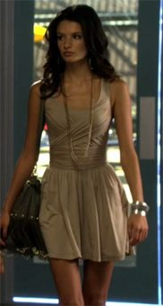 From The Lying Game, my favorite actress :) Fashion Tv, Fashion Games, Love Fashion, Fashion Outfits, Fashion Ideas, The Lying Game, Dress Skirt, Dress Up, Candy Dress