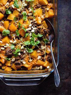 Kurpitsa-nyhtökauracurry uunissa - Ruokakonttuuri Paella, Curry, Ethnic Recipes, Food, Curries, Essen, Meals, Yemek, Eten