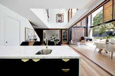 Image 2 of 31 from gallery of Sydney Street House / Fouché Architects. Photograph by Cieran Murphy Street House, Kitchen Cabinet Colors, Interior Decorating, Interior Design, Sydney, Villa, Luxury Decor, New Home Designs, Living Room Kitchen