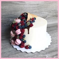 All Time Easy Cake : Good morning, I do not know what to write, just to . Pretty Cakes, Beautiful Cakes, Amazing Cakes, Drip Cakes, Fancy Cakes, Savoury Cake, Creative Cakes, Cake Art, Yummy Cakes