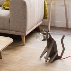 """Créée par la maison d'édition française, Eno studio et le duo de designers français, Clotilde & Julien, la lampe à poser """"Get Out Cat"""", est une création originale et minimaliste en forme de chat assis ! #luminaire #design #designcontemporain #contemporarydesign #nedgis  #luminairedesign #clotilde&julien #getoutcat #lampeàposer #tablelamp #enostudio #lampechat  #catlamp #chambre #bedroom #livingroom #salon #gris #grey"""