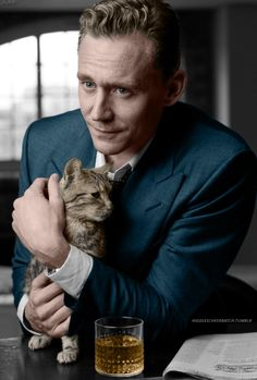 Tom Hiddleston and Bentley by Charlie Gray recoloured. Edit by hiddlescheekbatch More