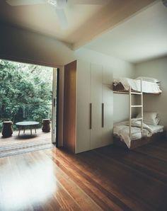 Homes: Sunday House By Teeland Architects