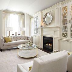 French Living Rooms, Elegant Living Room, Formal Living Rooms, Home Living Room, Living Room Designs, Living Room Decor, Kitchen Living, Fireplace Built Ins, Home Fireplace