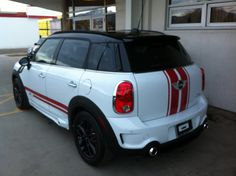 Countryman Red JCW Sport Stripes – 04 Mini Cooper Stripes, Blue Mini Cooper, Mini Coper, Mini Countryman, Red Roof, Cars And Motorcycles, Mythology, Rio, Clay