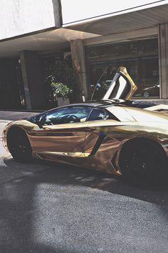 Envy Avenue. — azearr:   Champagne Aventador |Azearr