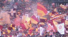 Scontri al Dall'Ara tra romanisti e polizia: i tifosi volevano entrare senza biglietto  http://tuttacronaca.wordpress.com/2014/02/23/scontri-al-dallara-tra-romanisti-e-polizia-i-tifosi-volevano-entrare-senza-biglietto/