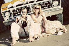Pas besoin de pressing : lavage de voiture et de robe de mariée en un !