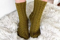 Taimitarha: October socks