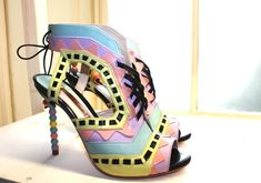 Oh my - Aztec-arama: Sophia Webster debuts at LFW with stunning shoes