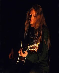 A young Jerry Cantrell