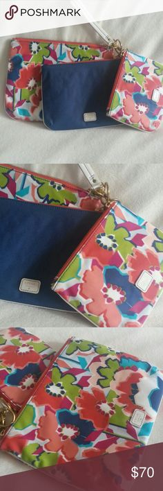 """NWT Fossil Bag Set You can use as wallet or cosmetic bags They are brand new with tag Retail $70 Big one 10.5"""" x 8"""" Medium 8.5"""" x 6.5""""  Small one 7"""" x 5.5"""" Fossil Bags"""