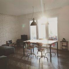 HOME #mmarchitettura #interiordesign #home #interior #lightfull #spring #loveit #sun #sunset #industrialdesign #newnordic #design #your #myhome #rimini #parquet #spina #brickwall #industriallamp #nordicstyle #industrialstyle by mm_architettura