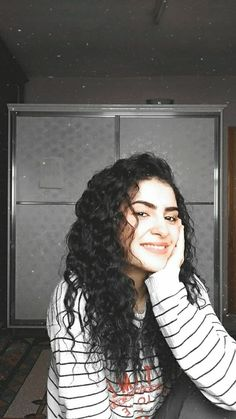 Cute Girl Photo, Beautiful Girl Photo, Cool Girl Pictures, Girl Photos, Cigarette Girl, Black Girl Cartoon, Fake Girls, Tumblr Photography, Picsart