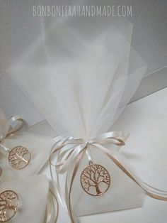 Wedding Favours, Wedding Invitations, Our Wedding, Dream Wedding, Chocolate Favors, Wedding Table Settings, Wedding Designs, Hair Clips, Wedding Decorations