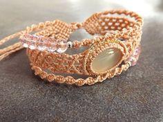 Macrame Bracelet Bracelet de trois niveaux de par neferknots