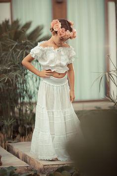 Comuniones en Ibiza Ibiza, Lace Skirt, Studio, Skirts, Fashion, Funny Family Photos, Fotografia, Moda, Skirt