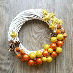 Biały gwiazdkowy wianuszek Trendy, Beaded Necklace, Wreaths, Jewelry, Xmas, Atelier, Beaded Collar, Jewlery, Pearl Necklace