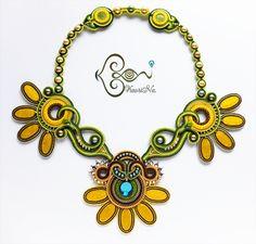 ソウタシエ・ネックレス Soutache Necklace by KaoriNa. Soutache Necklace, Ring Necklace, Crochet Necklace, Earrings, Handmade Necklaces, Jewelry Necklaces, Bracelets, Shibori, Statement Jewelry