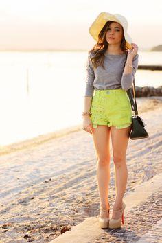 Blog da Lê-Moda Acessível: Neon e Cinza