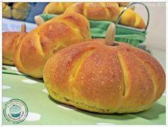 ©Diario della Mia Cucina - Ricette semplici, veloci e golose: Panini zucca…. alla zucca con pasta madre