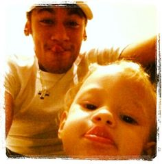 Neymar and Davi Lucca Good Soccer Players, Football Players, Neymar Pic, Love You Babe, World Cup 2014, Best Player, Fc Barcelona, To My Future Husband, My Hero