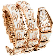 часы Serpenti от Bulgari из розового золота, украшенные бриллиантами и белой эмалью