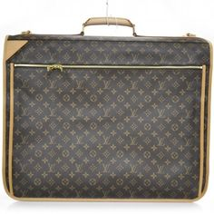 Absolutely love this LOUIS VUITTON Monogram Garment Carrier 5 Travel Bag