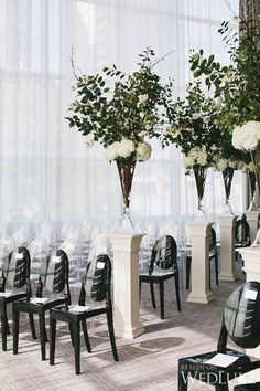 WedLuxe– A modern, black-tie wedding infused with elegance | Photography by: Mango Studios Follow @WedLuxe for more wedding inspiration!