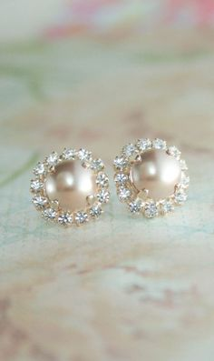 rose gold pearl earrings,rose gold wedding jewelry,rose gold earrings.rose gold bridal earrings,rose gold stud pearl earrings,pearl earrings
