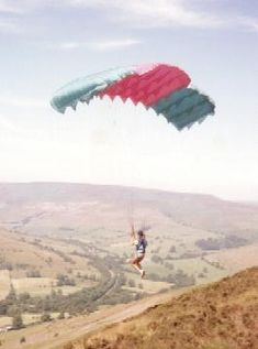 Early Paraglider, circa 1975. Glide ratio up to 3:1.