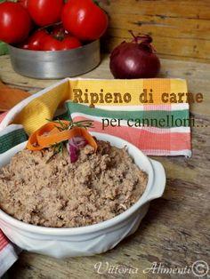 Ripieno di carne per cannelloni Crepes, Homemade Pasta, Tortellini, Gnocchi, Italian Recipes, Food And Drink, Beef, Cooking, Breakfast
