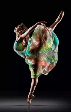 Ballet Beautiful, Simply Beautiful, Star Festival, Ballet Photos, Ice Dance, Human Art, Video Image, Art Model, Color Of Life