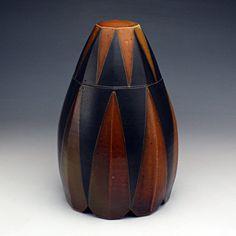 David Crane-zig zag box David Crane, Clay Center, Red Lodge, Pottery Making, Jar Lids, Pottery Vase, Making Ideas, Glass Art, Ceramics