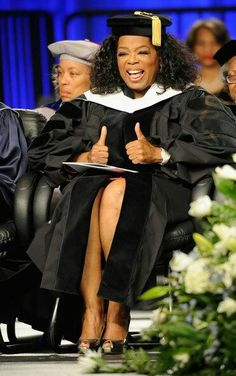 Oprah Winfrey at the 2012 Spelman College Commencement in Atlanta Great Women, Amazing Women, Oprah Winfrey Show, Celebrity Style Inspiration, African American History, Celebs, Celebrities, Powerful Women, Black History