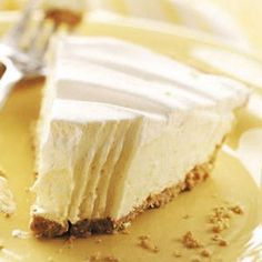 Vanilla Pudding Flapper Pie using 2 large and 1 small cooked vanilla pudding and evaporated milk.  whipped cream topping, graham crust