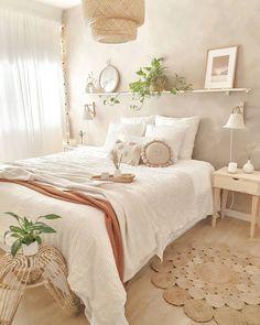 Bedroom Inspo, Bedroom Colors, Bedroom Decor, New Home Wishes, Bedroom Seating, Apartment Renovation, Aesthetic Room Decor, Dream Bedroom, Master Bedroom