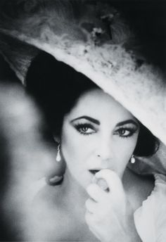 On this day 23rd March, 2011, the death of Dame Elizabeth Taylor, in Los Angeles  aged 79. one of the 20th century most famous films stars.  1932 - 2011