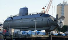 Despite its apparently fat shape, the submarines are thought to be capable of underwater speeds in excess of 25 knots.