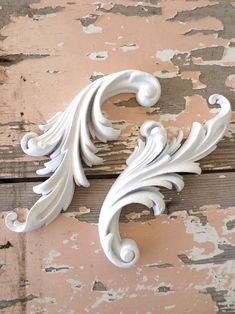Shabby n Chic Architectural Carved Scrolls FLEXIBLE by diychicgirl Shabby Chic Style, Shabby Chic Decor, Filagree Tattoo, Baroque Tattoo, Decorating Your Home, Diy Home Decor, Decorating Tips, Design Furniture, Garden Furniture