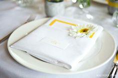 menu - napíšemi si sami na ručně vyráběný papír, dozdobit kopretinkou