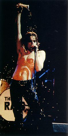 Half naked Ewan McGregor, covered in glitter... My dream and hell realized in one moment.... Why glitter?!