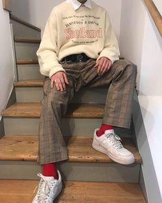 Fashion Style Outfits Inspiration Shirts Ideas For 2019 Mode Outfits, Retro Outfits, Grunge Outfits, Vintage Outfits, Simple Outfits, Stylish Outfits, Aesthetic Fashion, Aesthetic Clothes, Aesthetic Boy