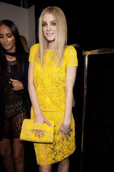 Picture of Jessica Stam Caroline Trentini, Jessica Stam, Small Town Girl, Cool Style, My Style, Yellow Fashion, Red Carpet Looks, Woman Face, Gorgeous Women