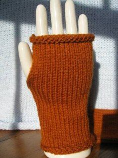 Pattern for Fingerless Gloves on a knitting machine by DIYPatternGal