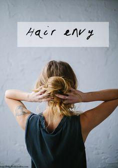 5 messy hair buns I love + health stuff