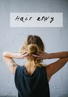 BODIE and FOU Style Blog: 5 messy hair buns #hair #buns #hairbuns #messyhairbuns #coiffure #style #hairenvy