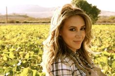 Haylie Duff's food blog. Actually pretty fantastic. Very healthy and easy too!
