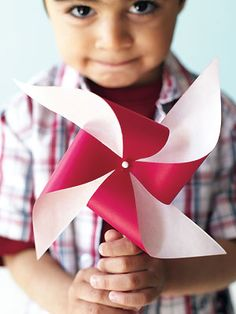 Canada Day is the perfect time to celebrate your patriotism with easy activities that kids can help make. Red and white and cute all over, these five quick crafts are simple to make and will bring a smile to your. Quick Crafts, Easy Crafts For Kids, Crafts To Make, Pinwheel Craft, Canada Day Crafts, Canada Day Party, Olympic Crafts, Canada Holiday, Kids Slide